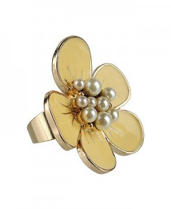 Pearl Center Flower Ring ($3.80, Forever 21)
