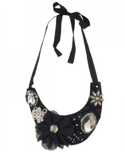 Floral Felt Bib Necklace ($7.80, Forever21)