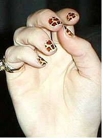 Giraffe print nails