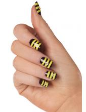 Striped Nails Stylish manicure Striped nails art striped nails striped manicure new trend in nail art nail art manicure with stripes manicure with strip decoration of nails daily manicure