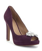 Jessica Simpson Shoes Dereck Pumps ($89, Jessica Simpson)